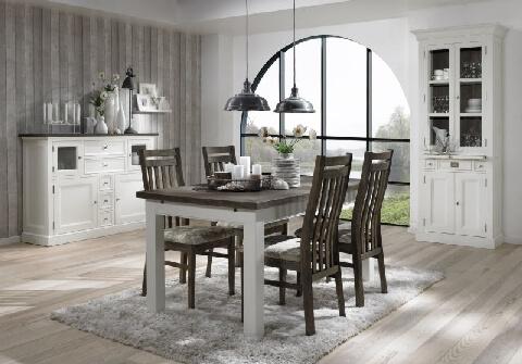 Uberlegen Zeitlos Schöne Landhausmöbel Aus Massiver, Weiß Lackierter Eiche. Die  Deckplatten Sind Grau Gebeizt.
