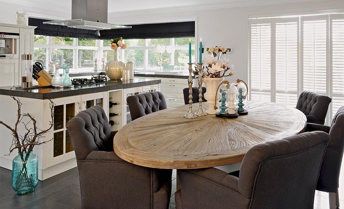 esstisch aberdeen tischplatte ulme fu kiefer farbig. Black Bedroom Furniture Sets. Home Design Ideas